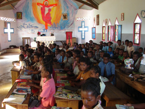manantenina-kosciol-szkola